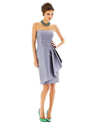 Alfred Sung Style D592 http://www.dessy.com/dresses/bridesmaid/d592/