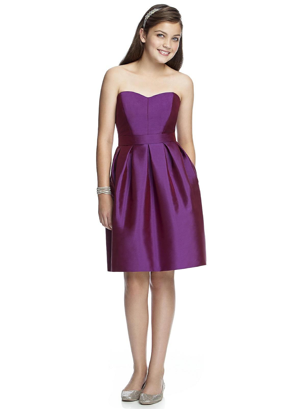 Junior bridesmaid dress jr522 the dessy group for Wedding dresses for tweens