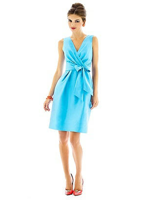 Alfred Sung Style D597 http://www.dessy.com/dresses/bridesmaid/d597/